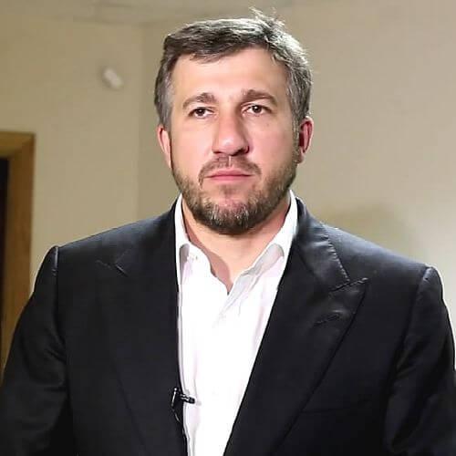 Григорий Аникеев помог образовательным учреждениям Владимира
