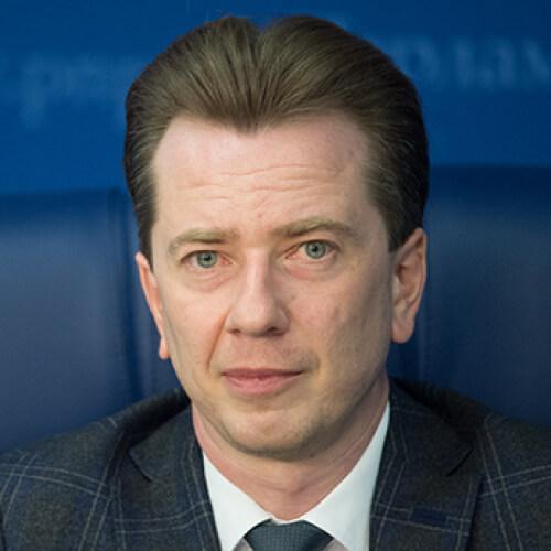 По мнению депутата Бурматова вылов морских млекопитающих нужно запретить